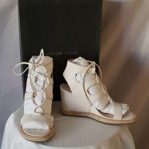 New Pelle Moda Kyra Wedge White Espadrille Sandal